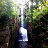 01waterfall