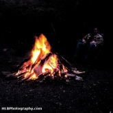 09-campfire